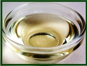 Coconut oil in a bowl