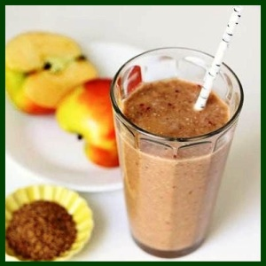 Apple-Flaxseed-Cinnamon-Smoothie-Recipe