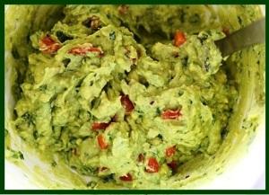 guacamole-with-eggs