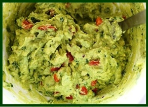 guacamole-with-eggs